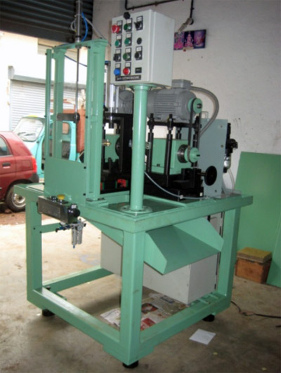 TWO STATION LINEAR INDEXING DRILLING MACHINE FOR SOCKET DRILLING